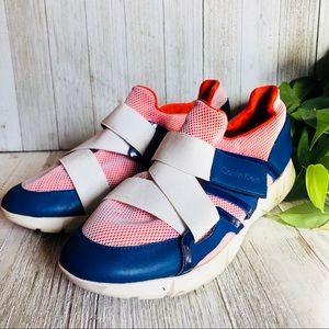 Calvin Klein • Willia Velcro Sneakers